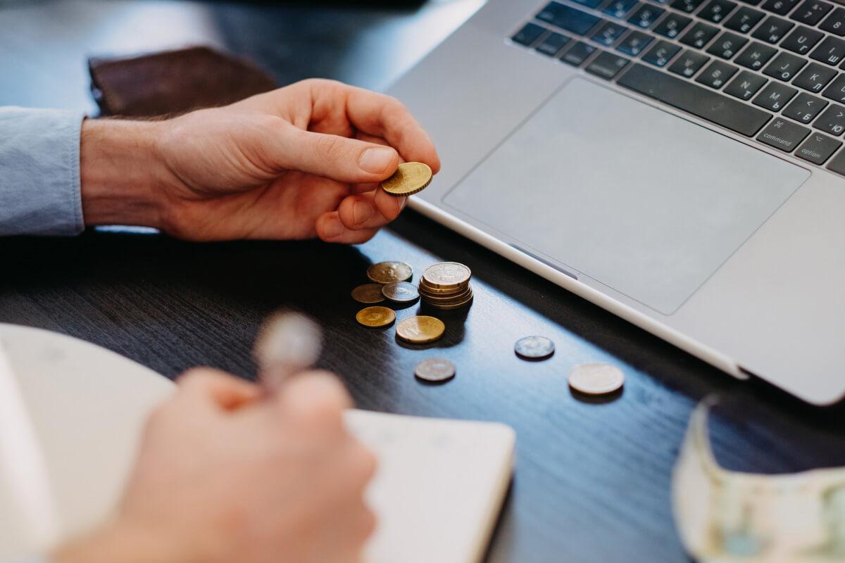 ebay卖家的手续费用规则